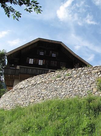 Murs-des-terrassses-de-cultures-du-Mont-Dessous
